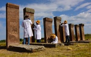 Ahlattaki İslam mezarlığında restorasyon çalışması