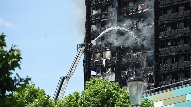 Londradaki yangında ölü sayısı artıyor