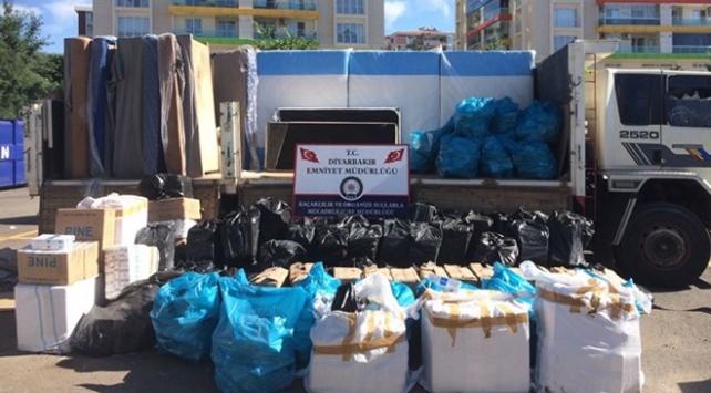 330 bin 700 paket gümrük kaçağı sigara ele geçirildi