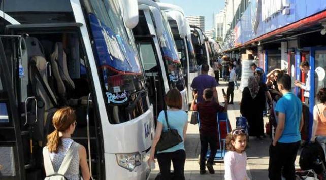 Bayram için otobüs biletleri tükendi