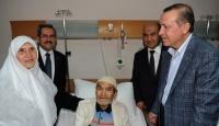 Başbakan'dan Hastalara Moral Ziyareti