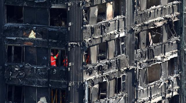 Londradaki yangın faciası sonrası istifa geldi