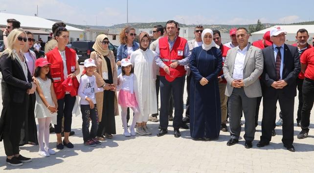 Başbakan Yıldırımın ailesinden Suriyelilere ziyaret