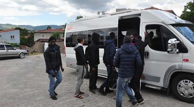 Çanakkalede kaçak göçmen operasyonu