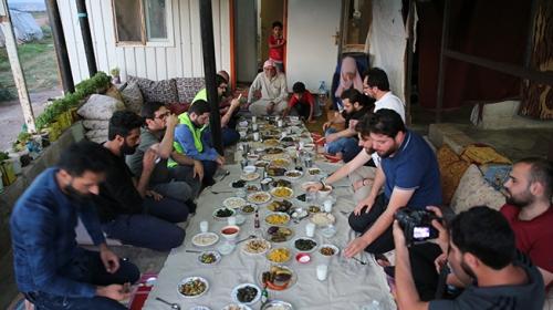 Onlara Katılalım Projesi kapsamında Suriyeli aileye konuk oldular