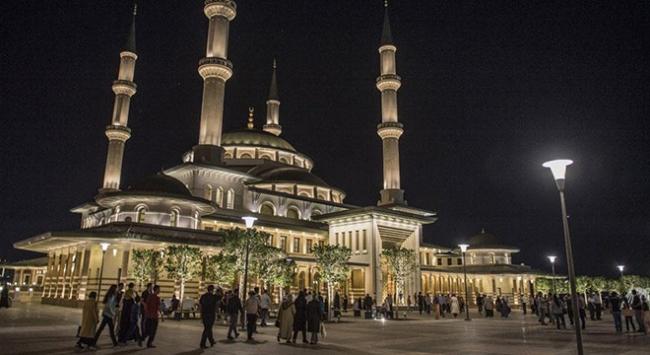Beştepe Millet Camisinde Kadir Gecesine özel program