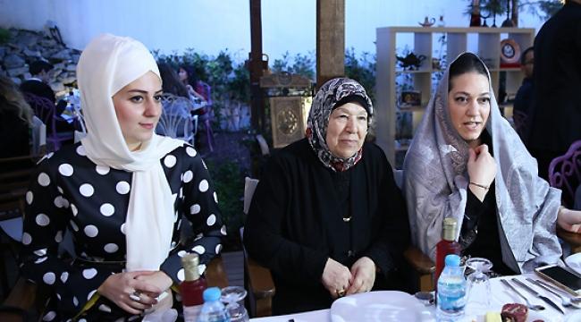 Hanedan üyelerinden Payitaht dizisi ekibine iftar