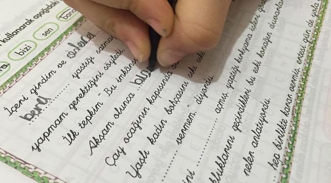 Bitişik el yazısı tercihe bırakıldı