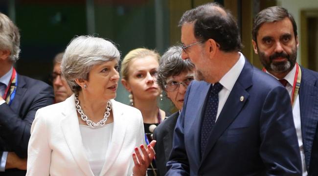AB Zirvesi Brükselde devam ediyor