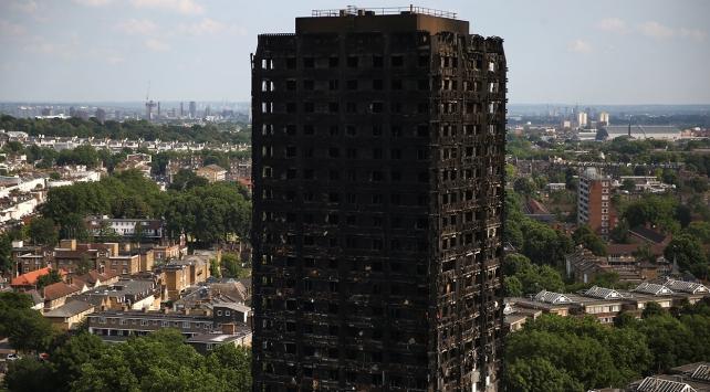 Londradaki yangının nedeni belli oldu