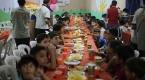 Dumada yetimlerin iftar sevinci