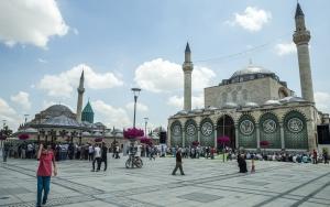 Mevlana Müzesinde ramazan yoğunluğu