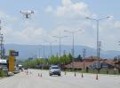 Kırmızı ışıkta geçen sürücüyü 'drone' yakaladı