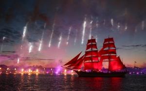 Rusyada Scarlet Sails etkinliği rengarenk gerçekleşti