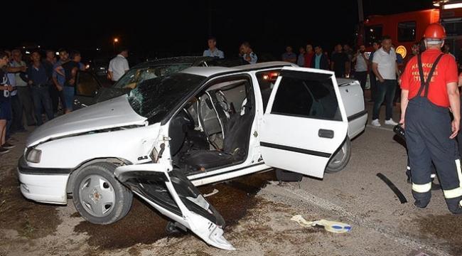 Kırıkkalede feci kaza: 3 ölü, 8 yaralı