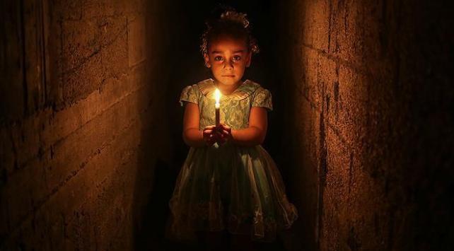 Gazzede elektrik kesintileri 20 saati buluyor