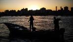 İsrail, Gazzeli balıkçıların avlanma mesafesini yine düşürdü