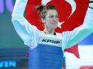 Milli sporcu Ağrıs'tan tekvandoda altın madalya