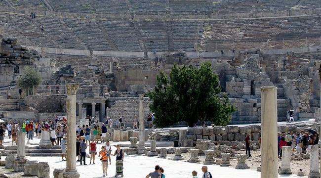 Efes Antik Kentinde düğün yapıldığı iddiaları yalanlandı