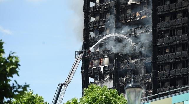 Londradaki yangında ölü sayısı 80e yükseldi