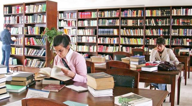 Milli Kütüphaneden kütüphanelere kitap desteği