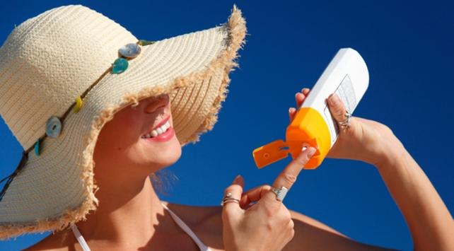 Güneş koruyucuları kanser riskini azaltıyor