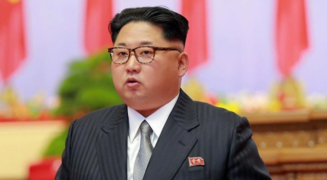 Kuzey Kore lideri Kimden COVID-19 tedbirlerinin sıkılaştırılması talimatı