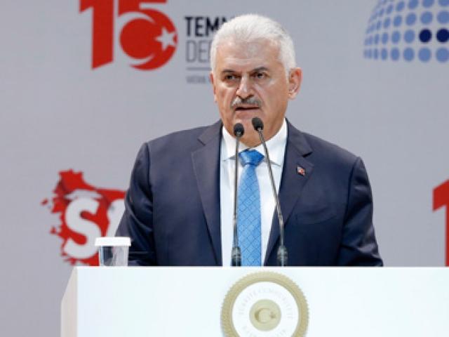 Türkiye bu toprakların gördüğü en vahşi darbe girişimiyle karşılaştı