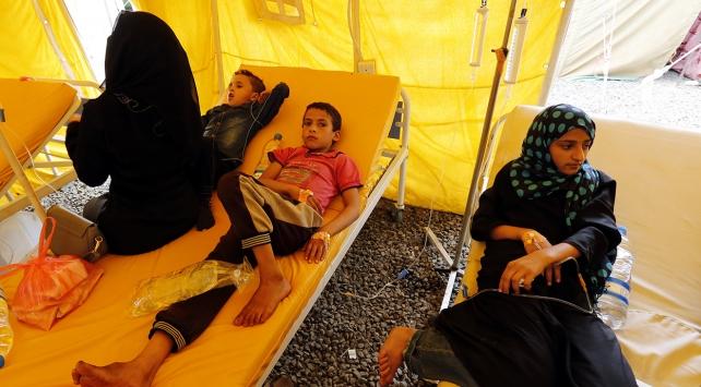 """UNICEF, Yemene """"aşı"""" yüklü yardım uçağı gönderdi"""