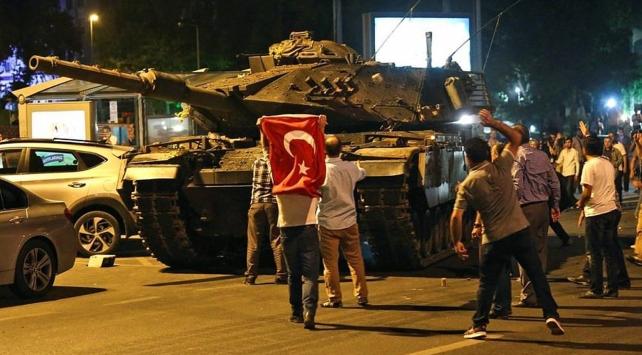 Darbe girişiminde İstanbuldaki polislerle ilgili ilk karar