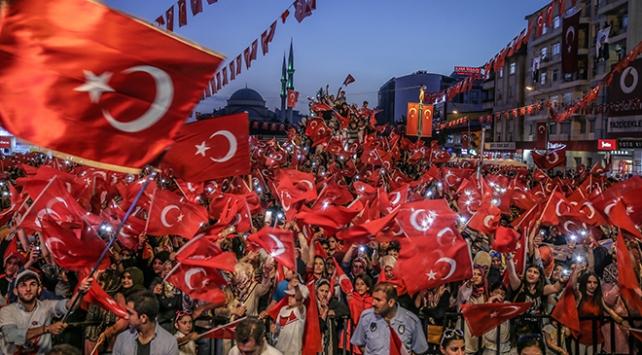 81 il vatan aşkıyla tek ses tek yürek!