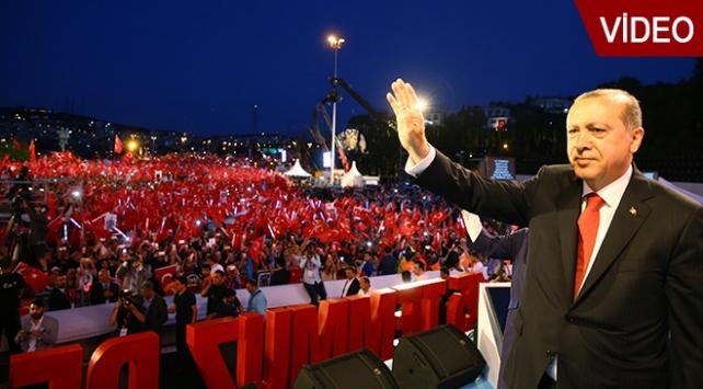 Cumhurbaşkanı Erdoğandan Söyle Çocuk şiiri