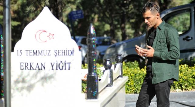 15 Temmuz şehidinin ikizine Cumhurbaşkanı Erdoğan sahip çıktı