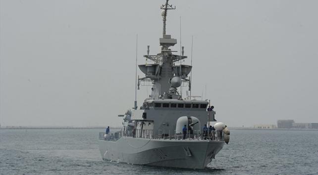Katar ve İngiltereden ortak deniz tatbikatı