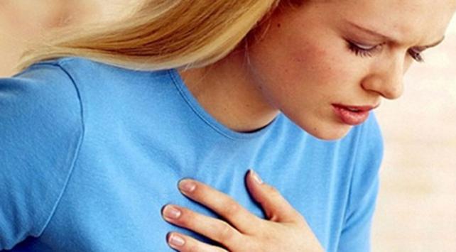 """""""Kırık Kalpler Sendromu"""" en çok kadınları etkiliyor"""