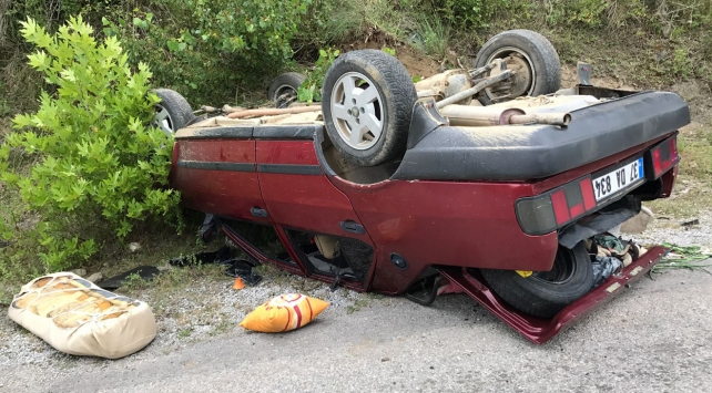 Kastamonuda otomobil devrildi: 8 yaralı