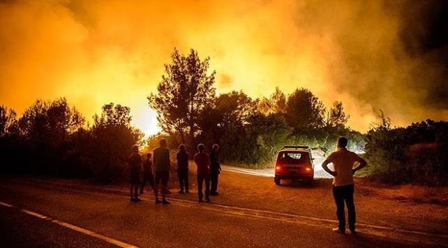 Batı Balkanlar orman yangınlarıyla savaşıyor