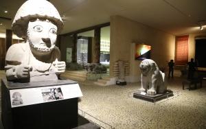 Tarihi eserler korundukları depoda sergileniyor