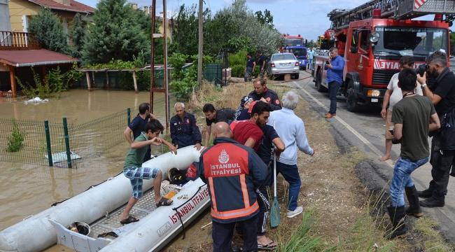 İstanbulda sel mağdurlarına yardım