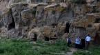 Bitlisteki mağara evler turizme kazandırılıyor