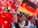 Almanya'daki Türkler Alman hükümetine tepkili
