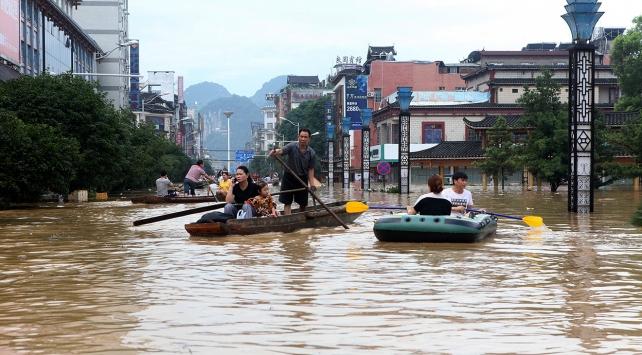 Çinde şiddetli yağış: 6 ölü