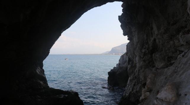 Mağarada ilk modern insanın izleri aranıyor