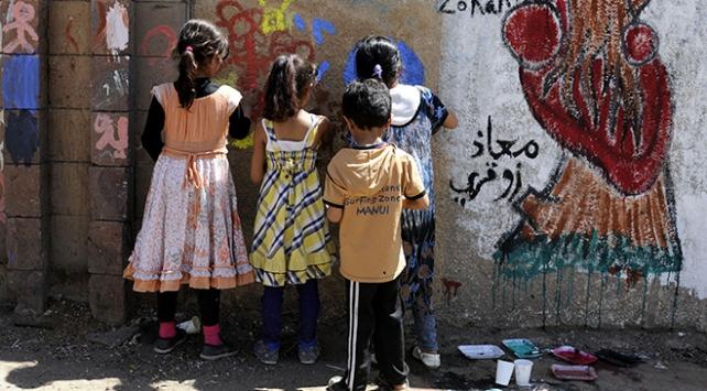 Yemende 4 milyondan fazla öğrencinin eğitimi tehlikede