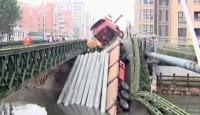 """TIR Şoförü """"Köprü Sınavı""""ndan Geçemedi!"""