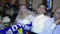 Düğün Salonunu Bırakıp Maç İzlediler!