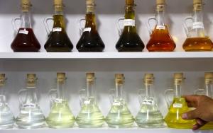 Akşehirden G-8 ülkelerine aromatik bitkisel yağ ihraç ediliyor