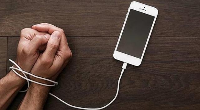 Gençlerin yüzde 3,6'sı internet bağımlısı'