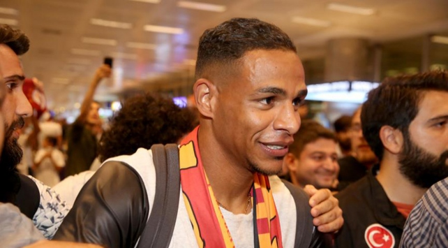 Galatasaray Fernandoyu borsaya bildirdi