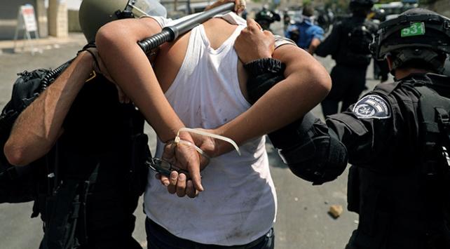 İsrail güçleri Batı Şeriada 17 Filistinliyi gözaltına aldı